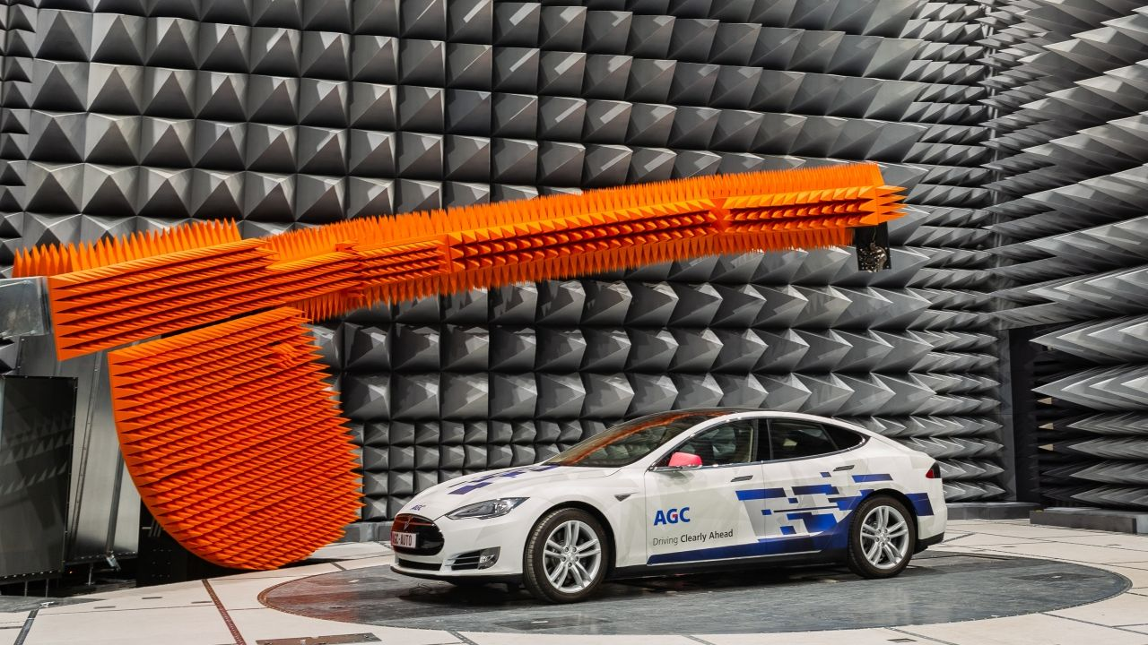 AGC Established a Global Tri-polar R&D Framework for Automotive On-glass Antennas